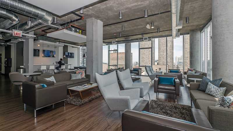 Tour the amenities at JeffJack in the West Loop