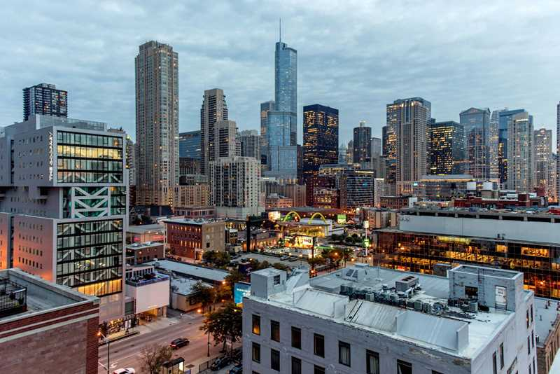 New River North boutique apartments host a rooftop social