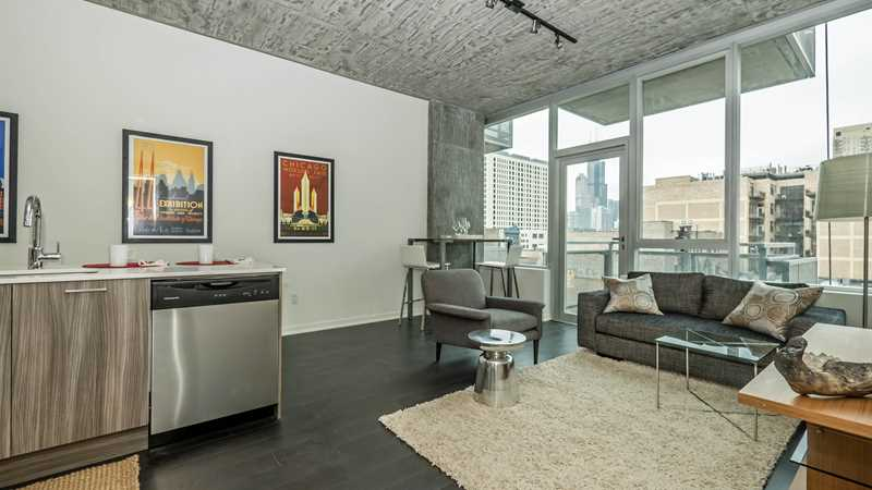 New models, on-site sales office open at 1345 Wabash condos