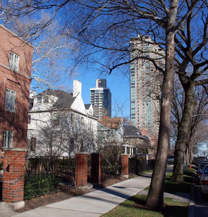 Hawthorne Place homes, Chicago, IL