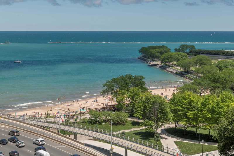 Ohio Street beach, view from 500 Lake Shore Dr
