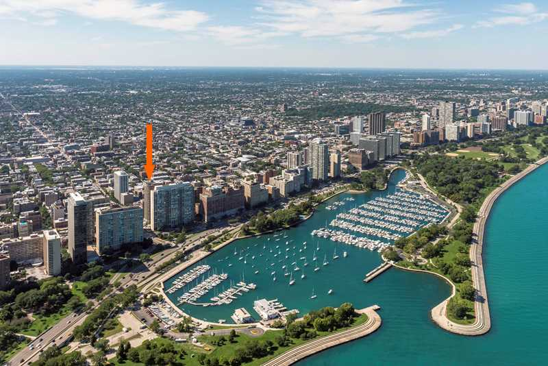 Aerial view of Wave Lakeview location, Chicago