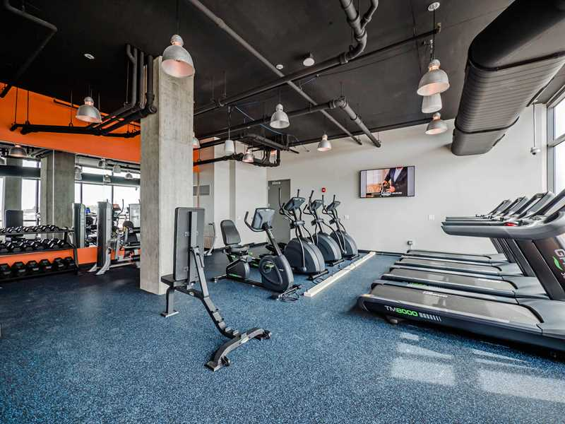 504 N Green St fitness, Chicago