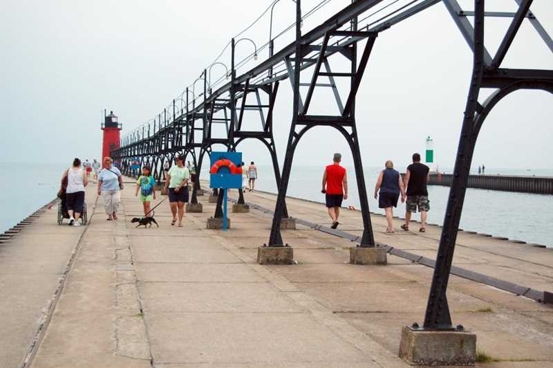 Get outta town: Lake shore offers endless 2nd-home options within 2 hours of city