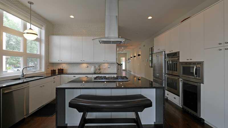 Hot item – an East Village Noah Properties resale
