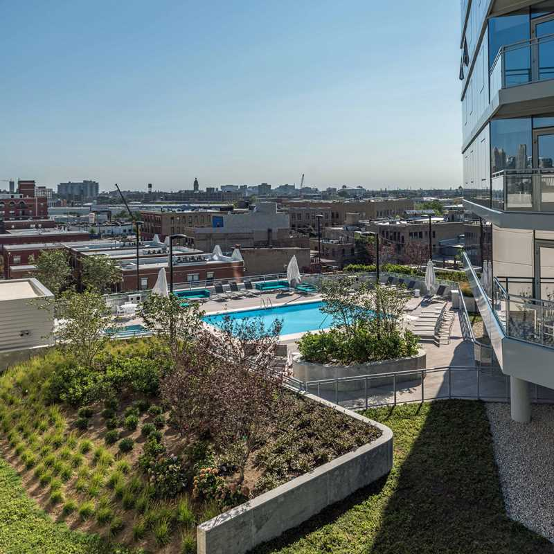 A tour of the amenities at New City apartments