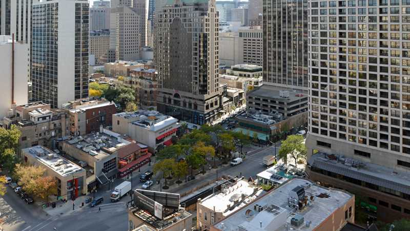 Urban Outfitters leases at the Mariano Park triangle