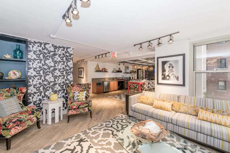 Rent steps from Mag Mile shops and Oak Street Beach at Gold Coast City Club