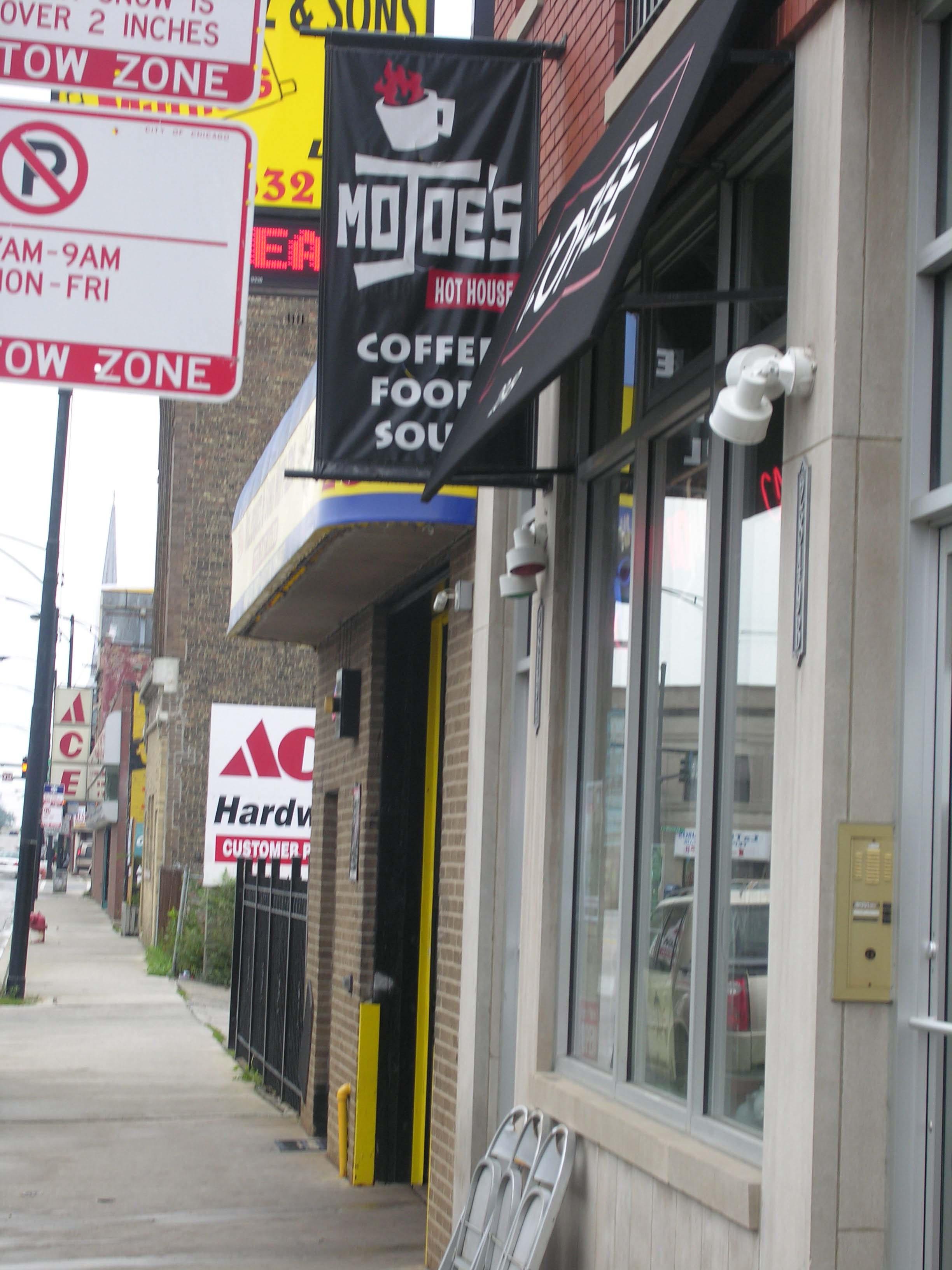 MoJoe's Cafe, 2849 W Belmont Ave