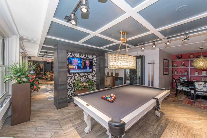 Resident lounge, Gold Coast City Club, Chicago