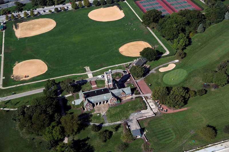Marovitz golf course clubhouse, Chicago. Kardas Photography