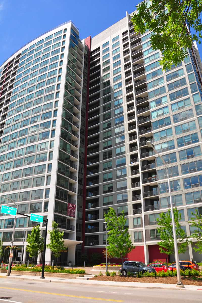 AMLI 900 apartments, 900 S Clark St, South Loop