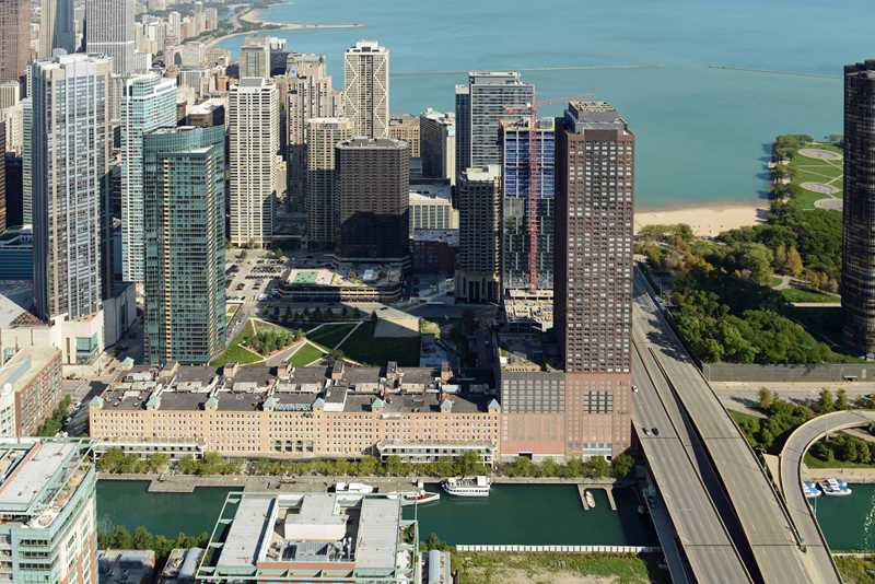 New lofts underway in Streeterville