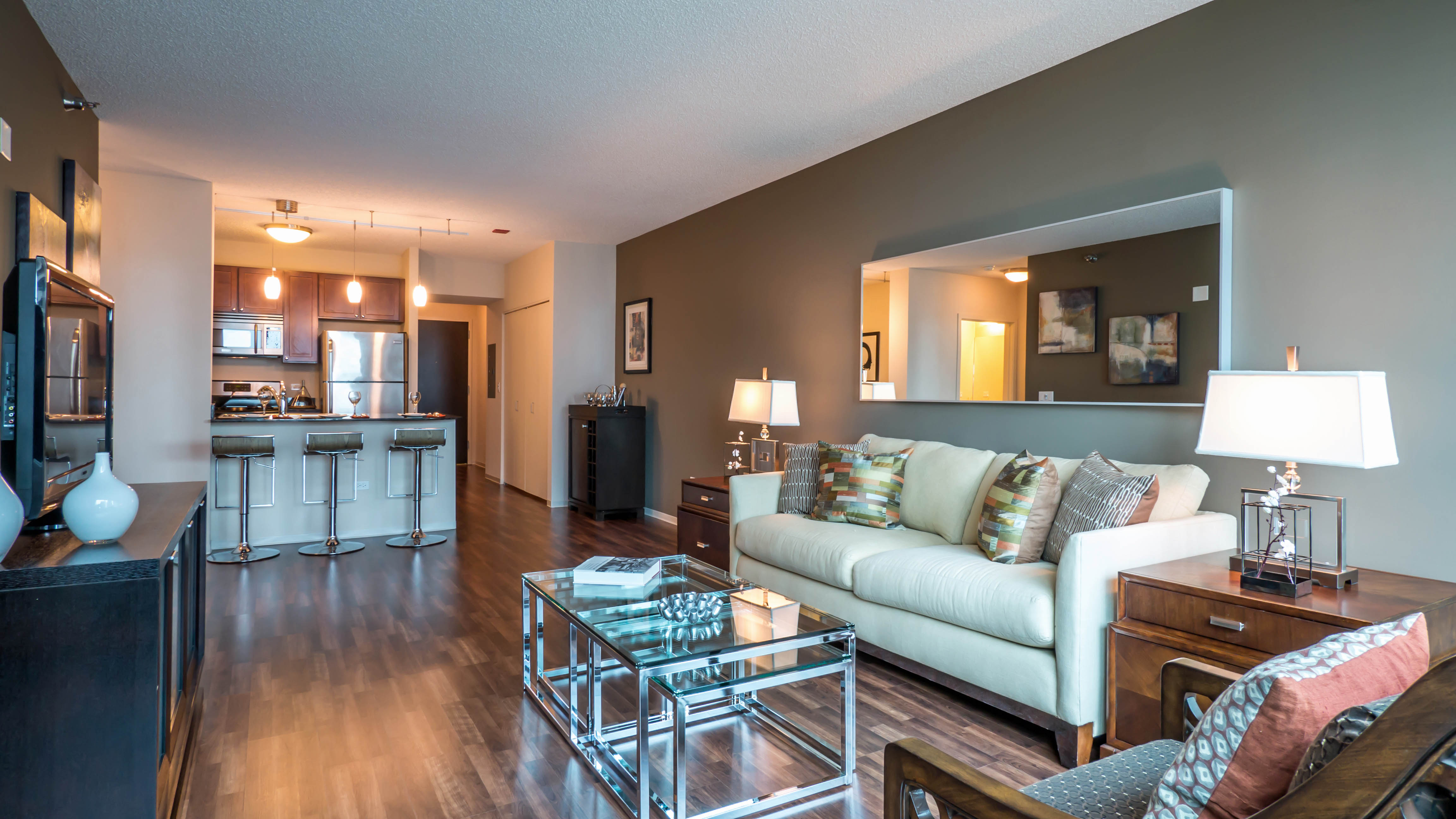 Checking Out A One Bedroom Apartment In Streeterville