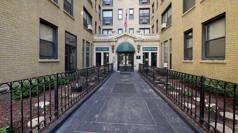 18 East Elm apartments, 18 E Elm St, Gold Coast