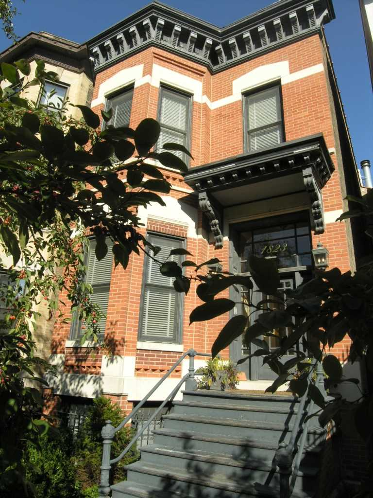 1800 Lincoln Park West, Chicago, IL